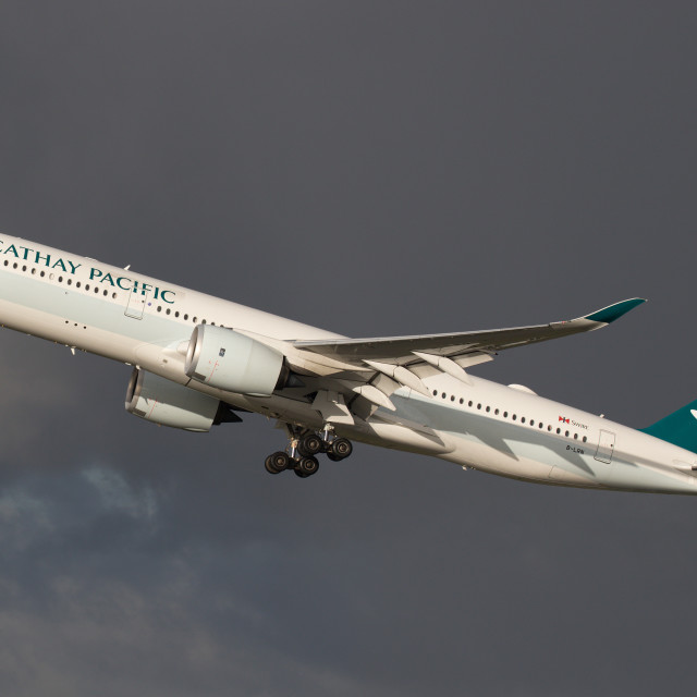"""Cathay Pacific A350-941 171228 EGCC"" stock image"
