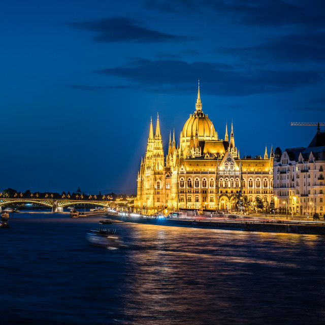 """Cityscape of Hungarian Parliament Building and Danube River in B"" stock image"