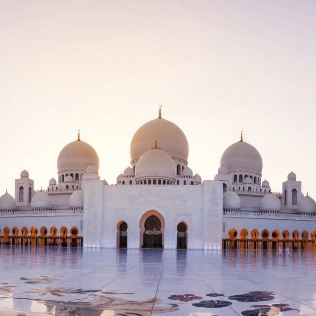 """Sheikh Zayed Grand Mosque panoramic view at dusk"" stock image"
