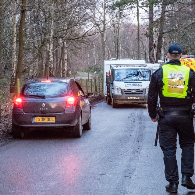 """""""Large Essex Police operation to remove sizable unlawful Travelle"""" stock image"""