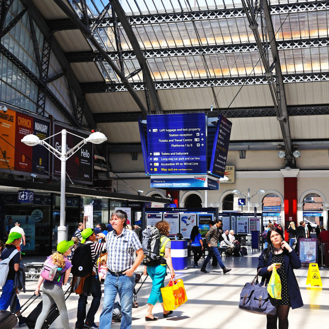 """""""Main concourse in Lime Street Railway Station, Liverpool"""" stock image"""