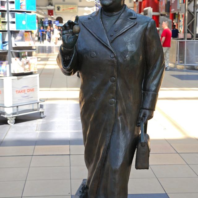 """Statue of Bessie Braddock inside Lime Street Railway Station, Liverpool UK"" stock image"