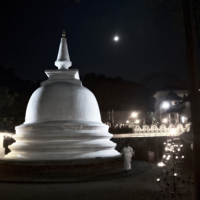 """Full moon puja - Temple of the Tooth, Kandy, Sri Lanka"" stock image"