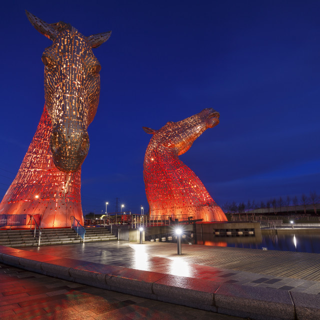 """""""The Kelpies at the entrance to the Forth and Clyde Canal at Helix Park,..."""" stock image"""