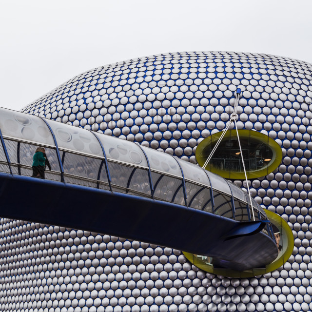 """""""Shoppers approach the Selfridges Building"""" stock image"""