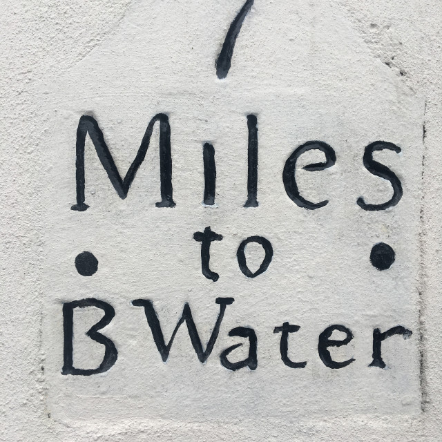 """""""Old mile marker sign to Bridgwater"""" stock image"""