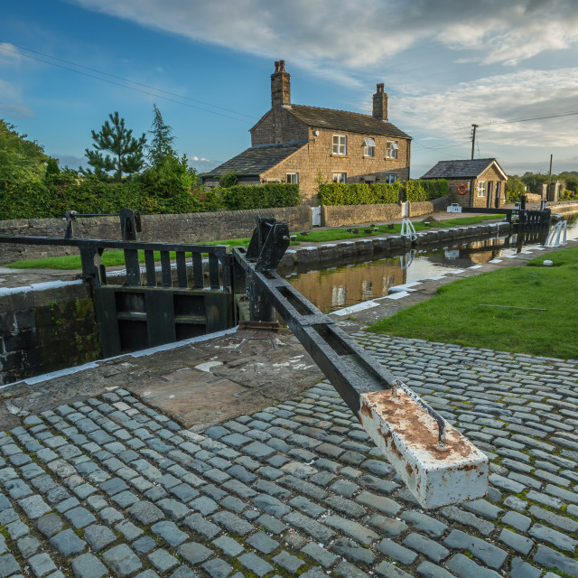 """Top Lock Wheelton"" stock image"