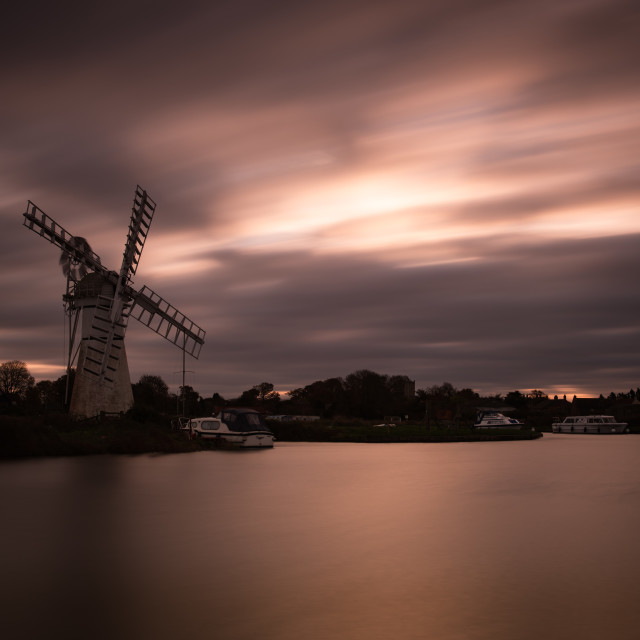 """""""Thurne mill dawn LE"""" stock image"""