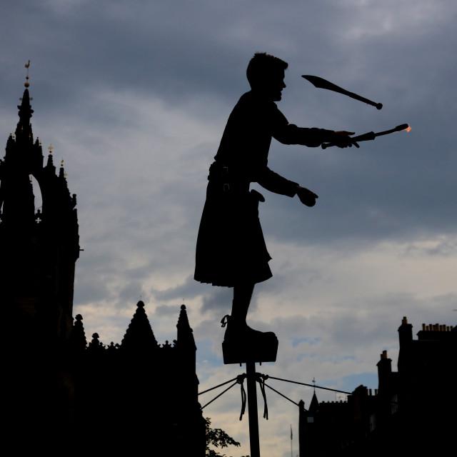 """Street Performer, Royal Mile, Edinburgh"" stock image"