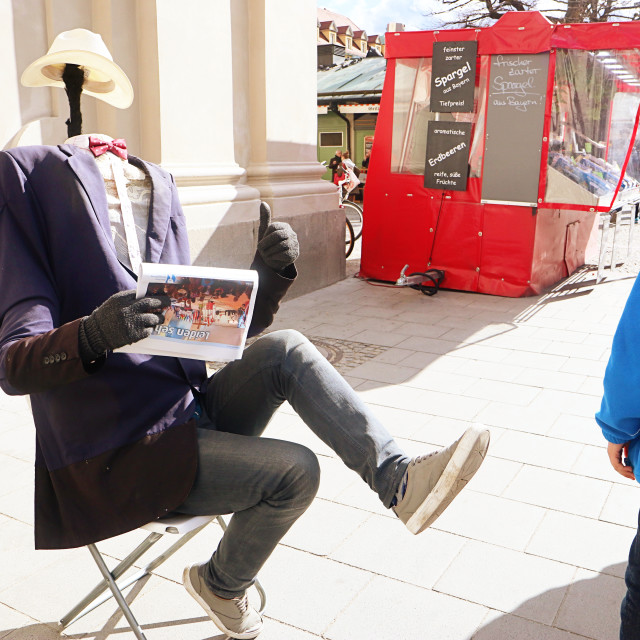 """""""Funny street performer in Munich and kid"""" stock image"""