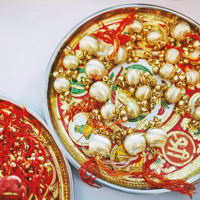 """""""Golden choora on the plate the items for rituals indian panjabi marraige"""" stock image"""