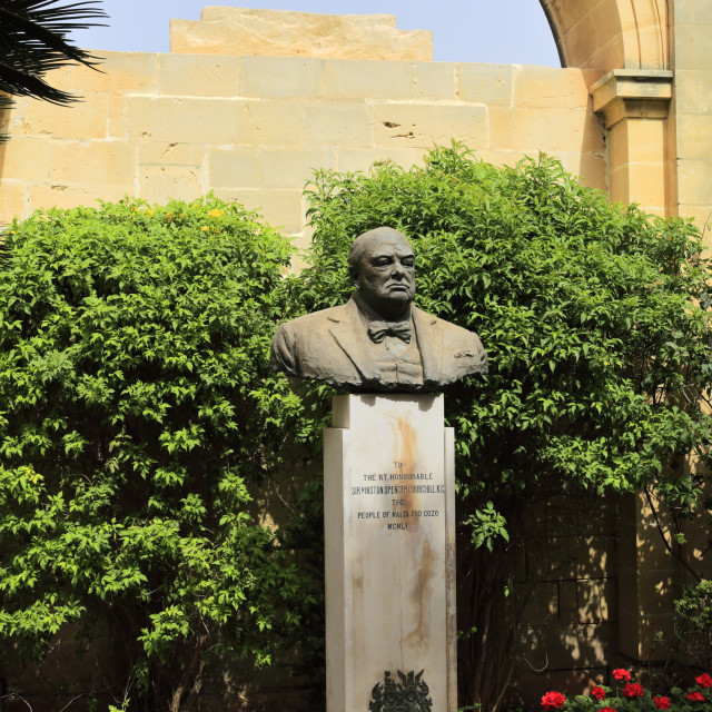 """""""Bust of Sir Winston Churchill, Upper Barracca Gardens, within St Peter & Paul..."""" stock image"""