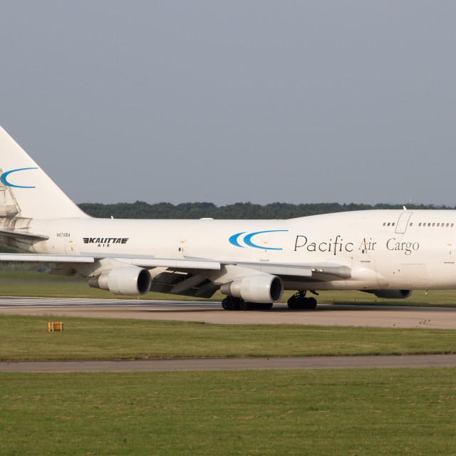 """4B9A9965 747 N976BA EGCN 180531"" stock image"