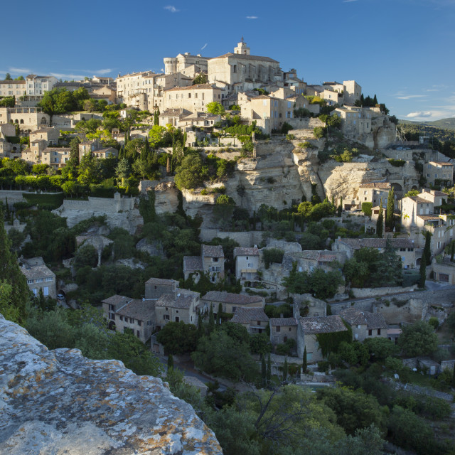 """""""Setting sunlight over medieval town of Gordes in the Luberon, Provence France"""" stock image"""