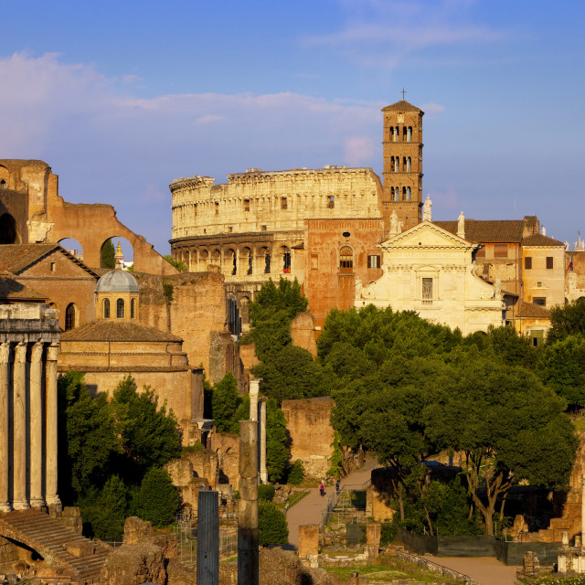 """""""The last light of sunset on the ruins of the Roman Forum, Rome Lazio Italy"""" stock image"""