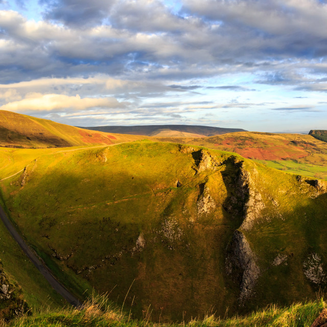 """Winnats Pass, Mam Tor and The Great Ridge, Derbyshire, Peak Dist"" stock image"