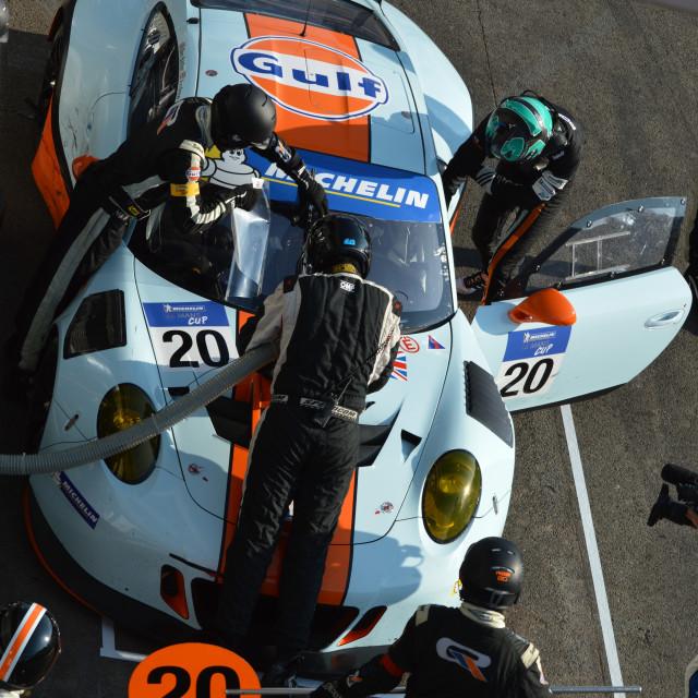 """""""Porsche GTE-AM Pit Stop"""" stock image"""