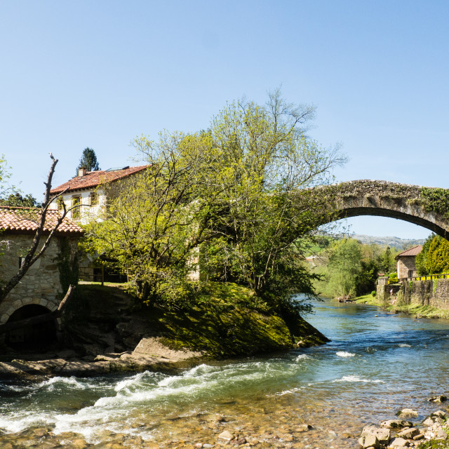"""""""Puente Roman, Liérganes"""" stock image"""
