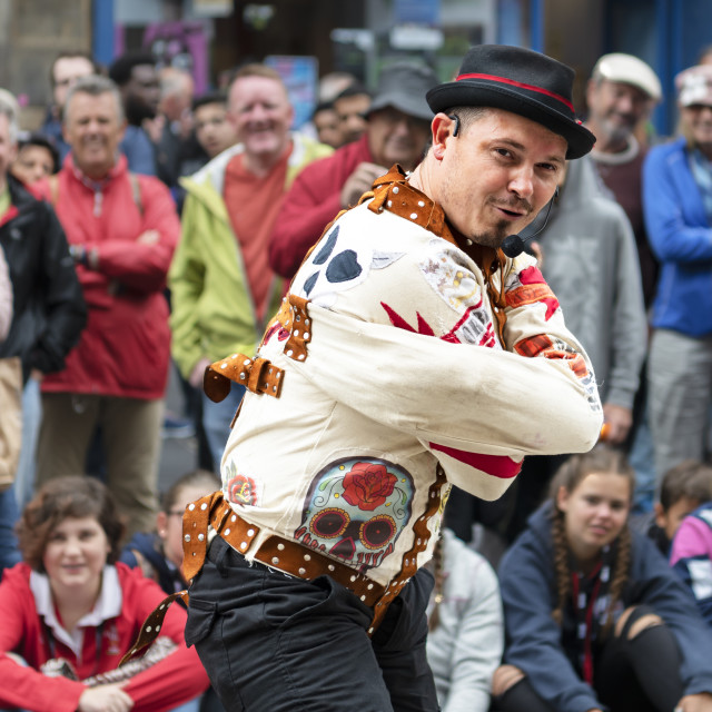 """Street Performer, Edinburgh Festival, Scotland, 2018"" stock image"