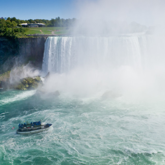 """""""Maid of the Mist getting sprayed at the base of Horseshoe Falls"""" stock image"""