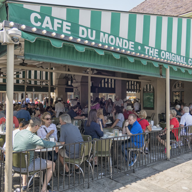 """Crowded Cafe du Monde in New Orleans"" stock image"