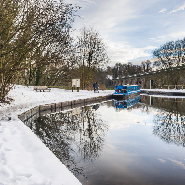 """""""Chirk Aqueduct, Llangollen Canal across Cieriog Valley spanning England and..."""" stock image"""