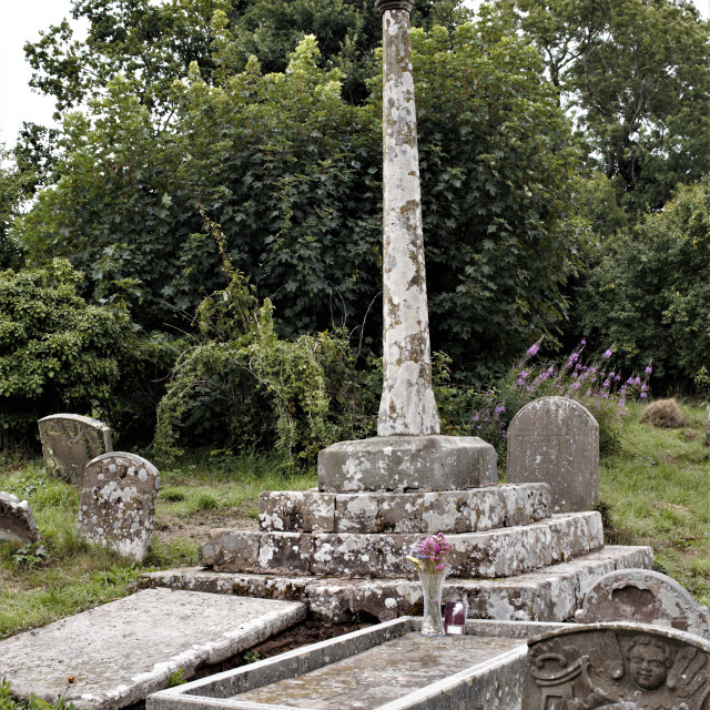 """St. John Kemble, R.C. martyr 1679, grave at Welsh Newton church of St. Mary the Virgin; born 1599 at St. Weonards, hanged aged 80 at Hereford."" stock image"