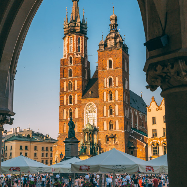 """Saint Mary's Basilica on Main Market Square in Krakow, Polant. K"" stock image"