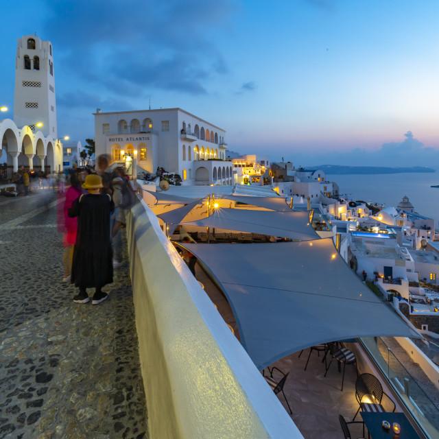 """View of Orthodox Metropolitan Cathedral overlooking Fira at dusk, Fira, Firostefani, Santorini (Thira), Cyclades Islands, Greek Islands, Greece, Europe"" stock image"