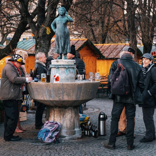 """""""Viktualienmarkt close to Statue Liesl Karlstadt in Munich"""" stock image"""