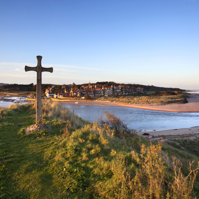 """""""St Cuthberts Cross on Church Hill and Alnmouth at Sunset"""" stock image"""