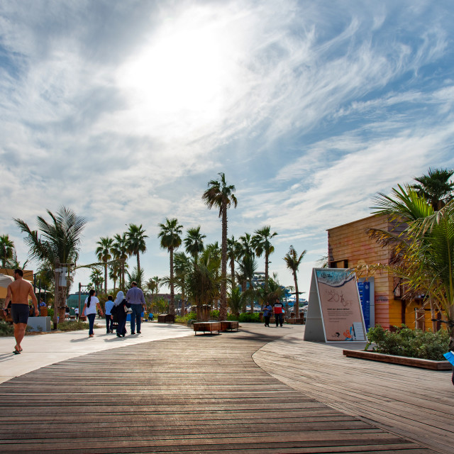 """""""La Mer beach walking area with many restaurants in coffee bars a famous travel spot in Dubai"""" stock image"""
