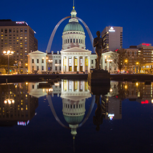 """St Louis Arch at night"" stock image"