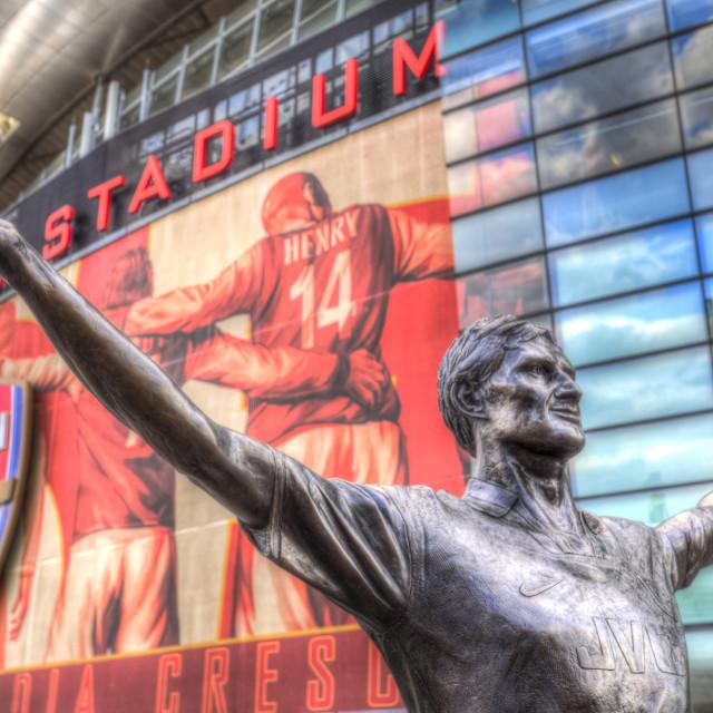 """""""Tony Adams Statue Emirates Stadium"""" stock image"""
