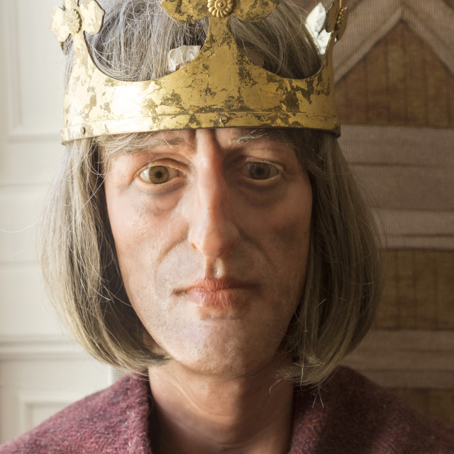 """King Alfred the Great ( 849-899) Anglo-Saxon king mannequin display with..."" stock image"