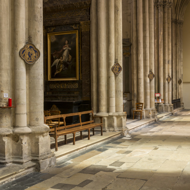 """""""Interior Cathedral Tours"""" stock image"""