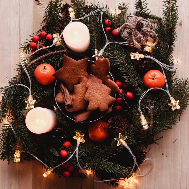 """""""New Year's wreath with Gingerbread Cookies for xmas party. Christmas tree..."""" stock image"""