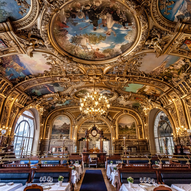 """Train Bleu Restaurant -Paris"" stock image"