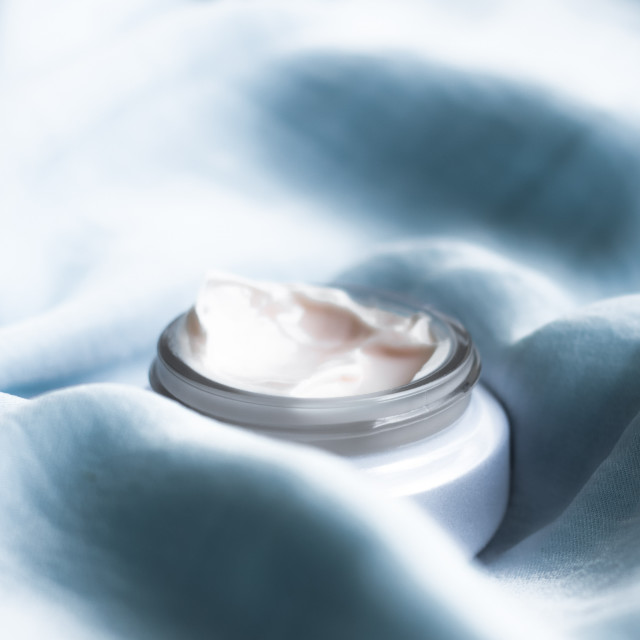 """""""luxury face cream on soft silk - anti-aging, cosmetic and beauty"""" stock image"""