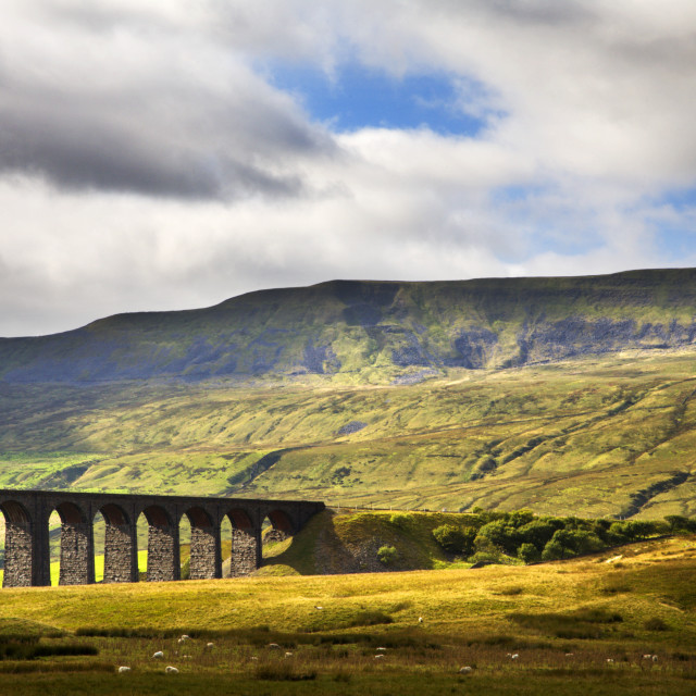 """Whernside and the Ribblehead Viaduct"" stock image"