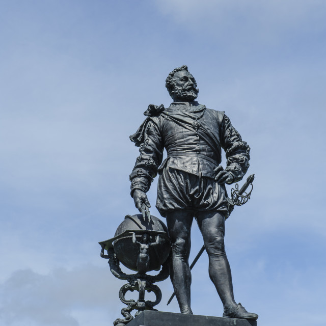 """Statue of Sir Francis Drake, Plymouth Hoe"" stock image"