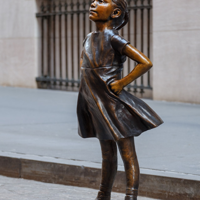 """""""The Fearless Girl statue at The New York Stock Exchange NYSE bui"""" stock image"""