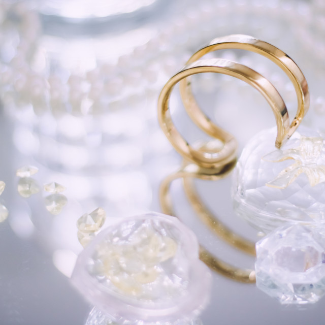"""gold, diamond and pearl jewellery beautiful set"" stock image"