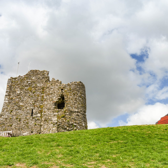 """""""Ruins of the castle walls on Castle Hill in Tenby, West Wales"""" stock image"""