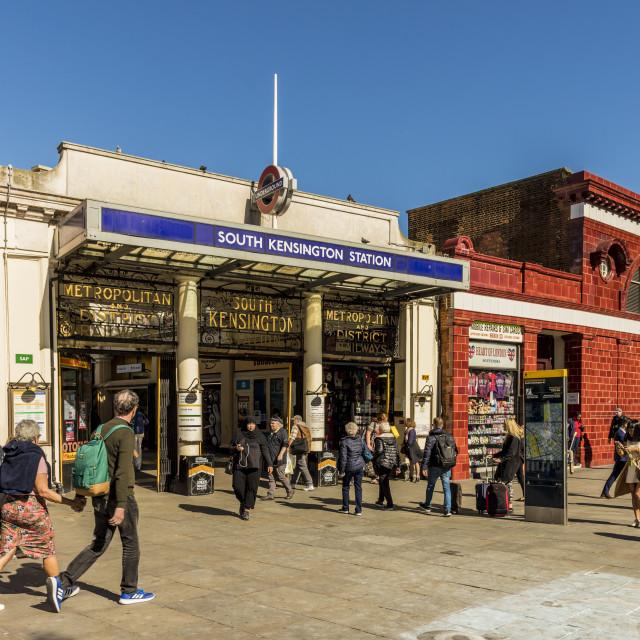 """A street scene in South Kensington, in London, England, United Kingdom, Europe,"" stock image"