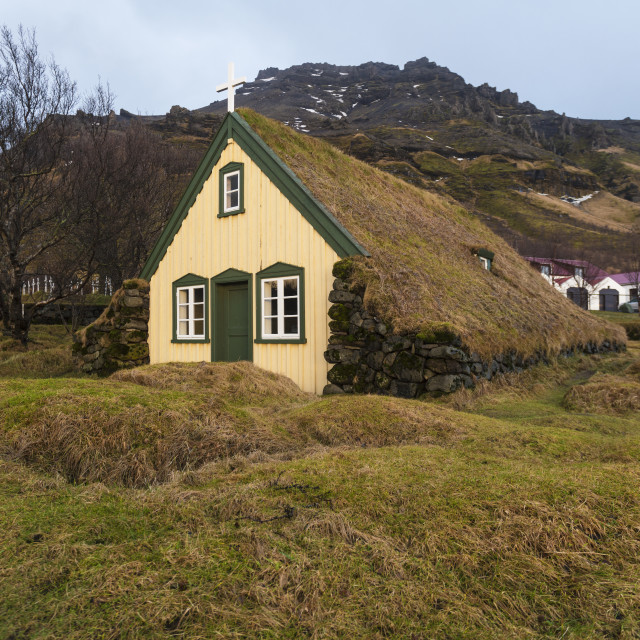 """Lutheran Myrdal Turf Church of Hof surronded by moss, Skaftafell"" stock image"