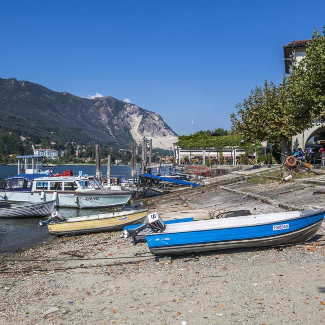 """""""Boats on beach of Isola dei Pescatori, Borromean Islands, Lago Maggiore,..."""" stock image"""