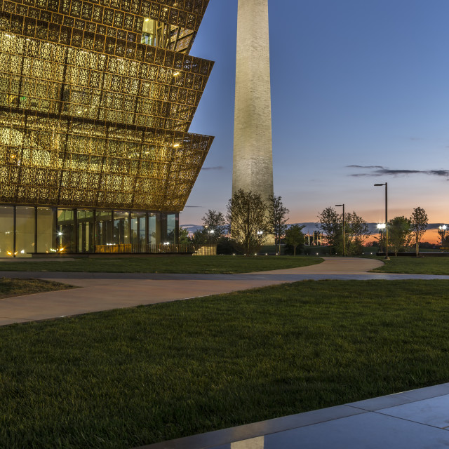 """""""Smithsonian National Museum of African American History and Culture (left) and Washington Monument, Washington, District of Columbia USA"""" stock image"""