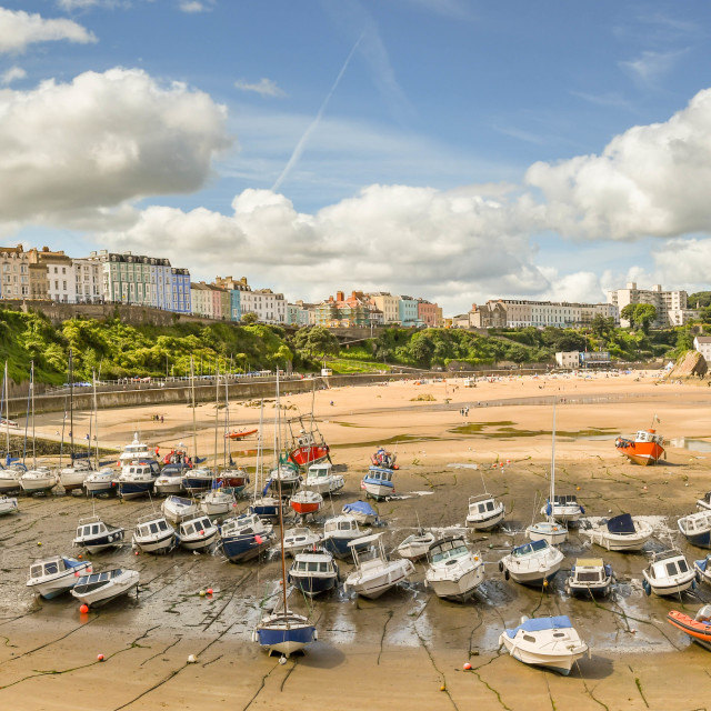 """""""Panoramic view of the harbour in Tenby, West Wales, at low tide"""" stock image"""