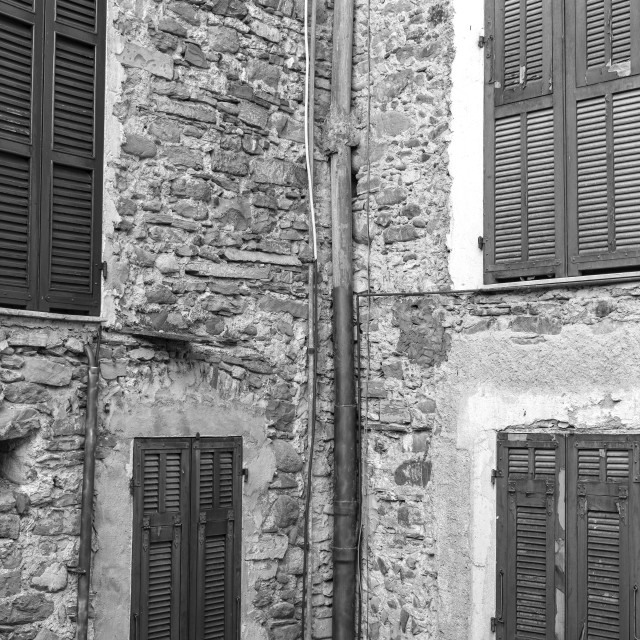 """""""Dolceacqua (ligurian Region, Northern Italy): old house facade. Black and white photo"""" stock image"""